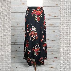New SOPRANO side slits flowy maxi full skirt